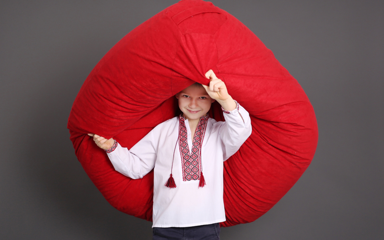 Easy way to make your own Sensory Crash Pad | ilslearningcorner.com