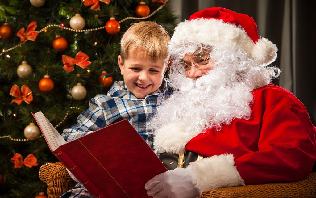 Our Favorite Christmas Books to Help your Child Read | ilslearningcorner.com