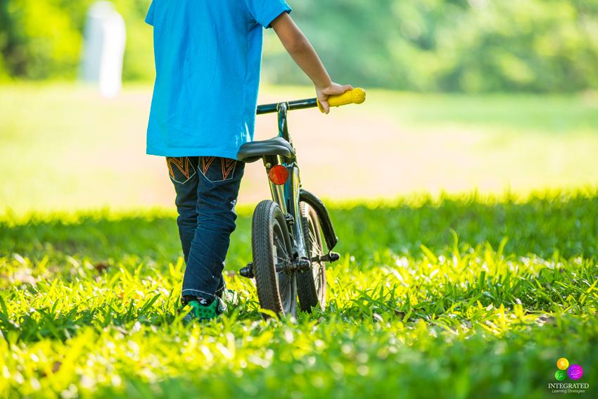 Vestibule Disfunction: Why Poor Hearing Development Affects Your Child's Vestibular, Balance, Speech and Language | ilslearningcorner.com