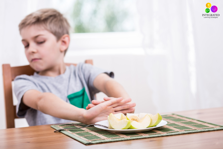 Taste Sensitivities: If My Child Avoids Certain Foods, is it More than Picky Eating? | ilslearningcorner.com