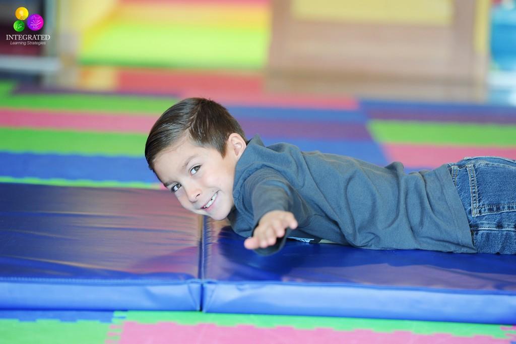 Prone and Supine Exercises: Doctor attributes Superman to Preventing Developmental Delays | ilslearningcorner.com