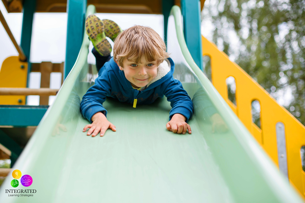 """No Rules Recess: School Encourages """"Dangerous"""" Free Play for Better Attention and Emotional Grounding   ilslearningcorner.com"""